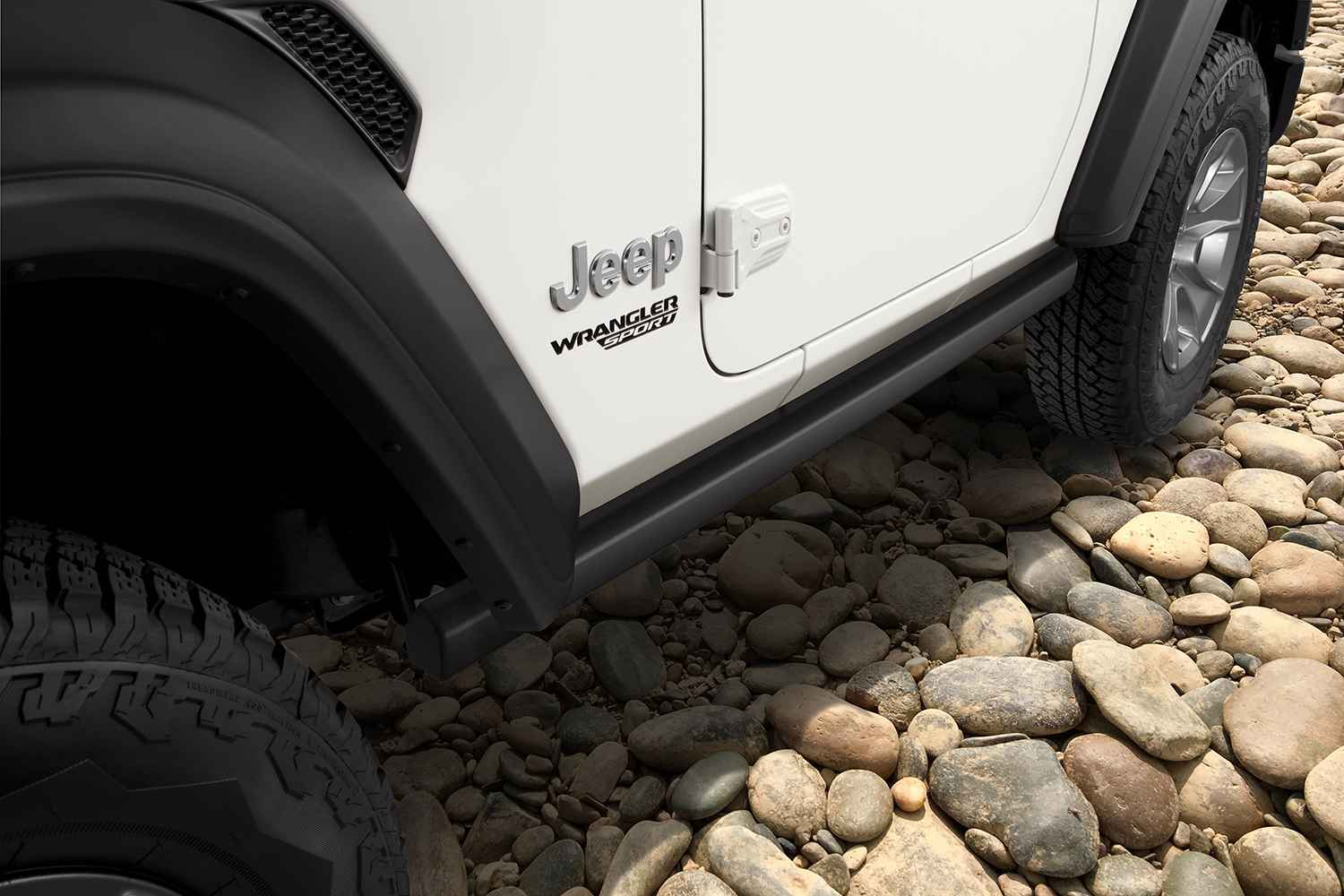 OEM 2020 Jeep Wrangler JL 2-Door Jeep® Performance Parts Rock Rails (Part #82215129AB)